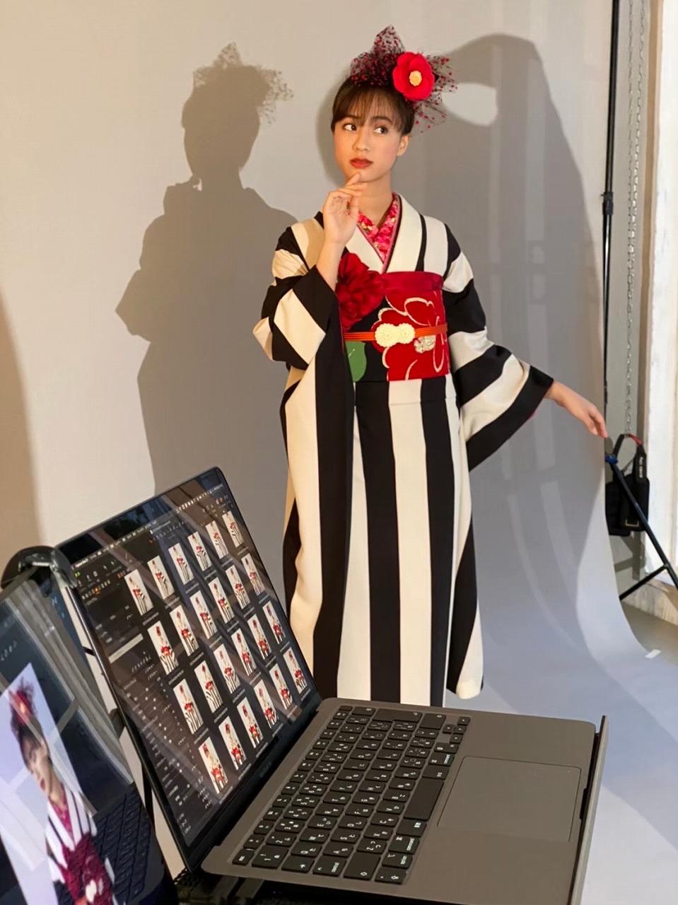 シンプルモノトーン振袖のご紹介💖大人気モデル玖瑠実ちゃんの撮影movieも大公開✨